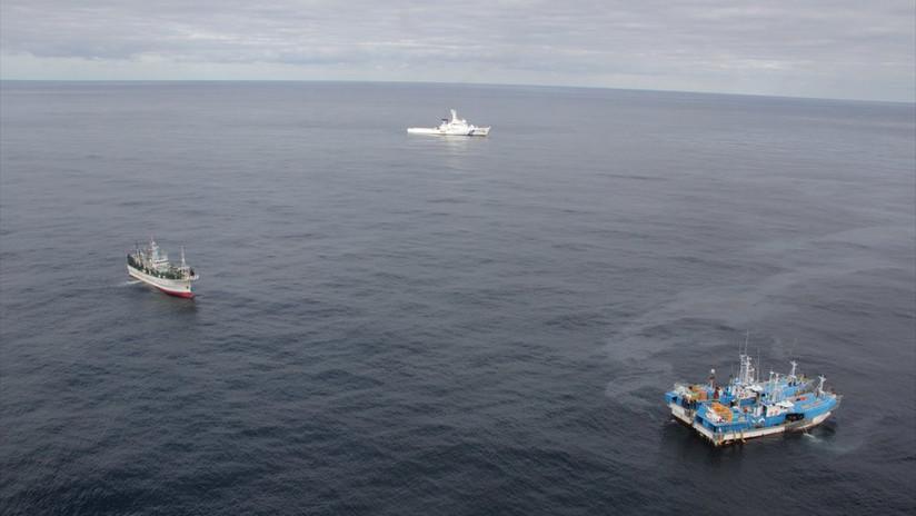 Piratas armados asaltan un carguero surcoreano cerca del estrecho de Singapur