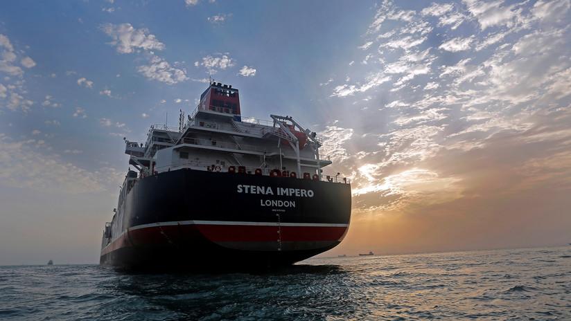 Medios iraníes publican el primer video de la tripulación del petrolero británico capturado por Teherán