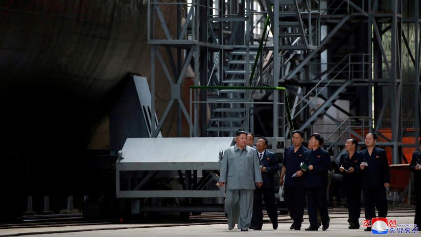 Publican las fotos del mayor submarino militar de la historia de Corea del Norte