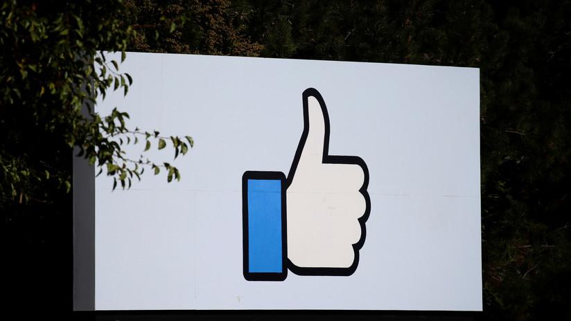 Un fallo en la aplicación de Facebook para niños permitía a los menores unirse a 'chats' con desconocidos