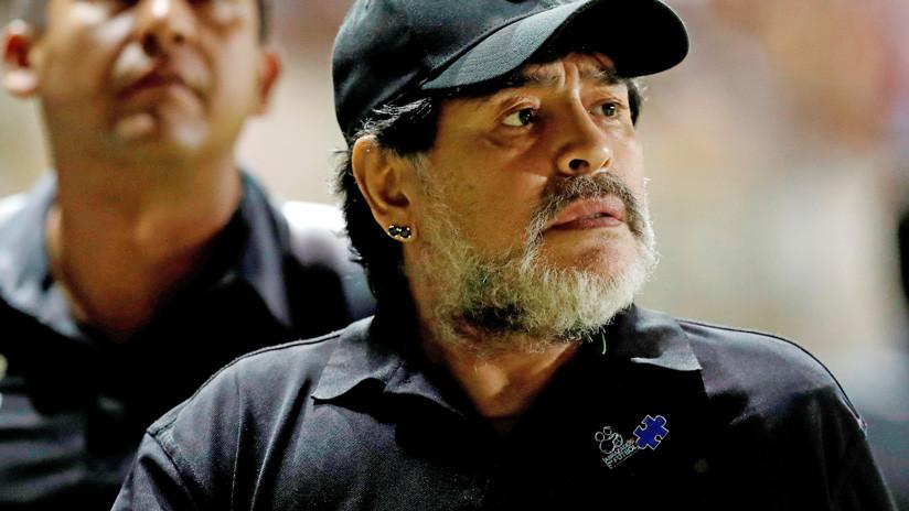 Operan a Maradona en Argentina para colocarle una prótesis en la rodilla