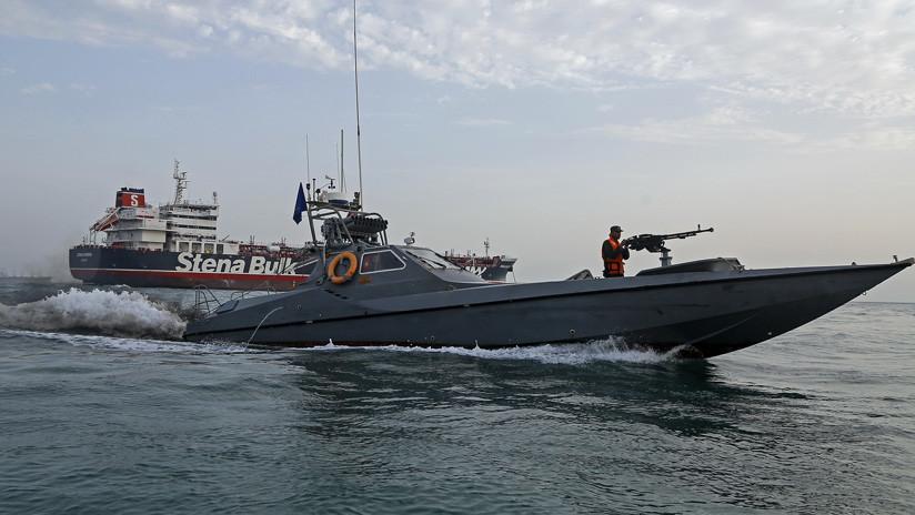 Reportan que Londres ha ordenado a un buque de guerra escoltar a las embarcaciones de bandera británica en el estrecho de Ormuz