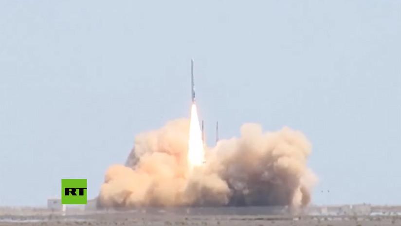 VIDEO: Empresa privada china lanza por primera vez con éxito un cohete portador con dos satélites