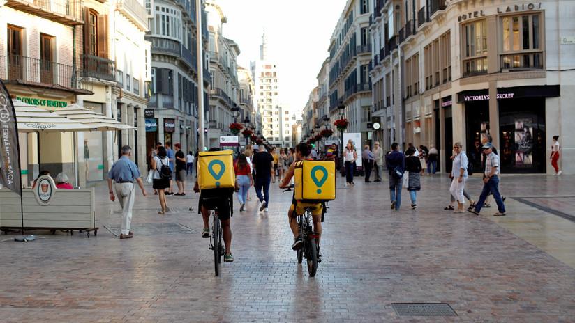 Los derechos laborales ganan el pulso a la economía de las plataformas: Deliveroo pierde un juicio contra 532 'riders' en España