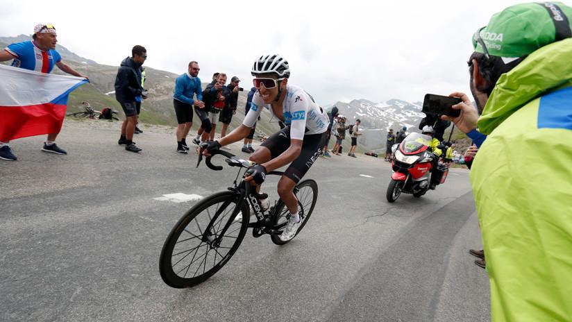 El colombiano Egan Bernal lidera el Tour de Francia al terminar la etapa 19