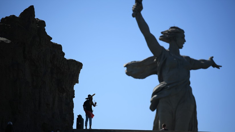Dentro de 'la Madre Patria', la gigantesca e icónica estatua de la batalla de Stalingrado (FOTOS)