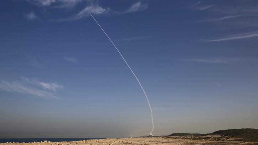 """Israel y EE.UU. completan con éxito """"tres pruebas secretas"""" del sistema antimisiles Arrow-3 en Alaska"""