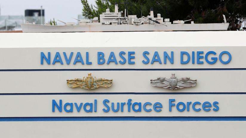 Acusan a miembro de los Navy SEAL de suplantación de identidad para pedir fotos de mujeres desnudas