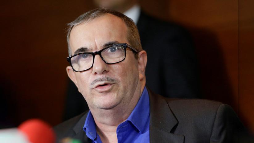"""Líder de la FARC afirma que Iván Márquez y Jesús Santrich """"se han hecho a un lado"""" de la paz en Colombia"""