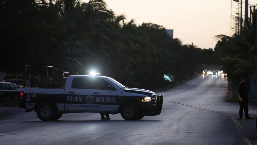 Investigan la muerte de un tuitero mexicano, conocido por 'trolear' a políticos, que fue hallado ahorcado en el patio de su casa