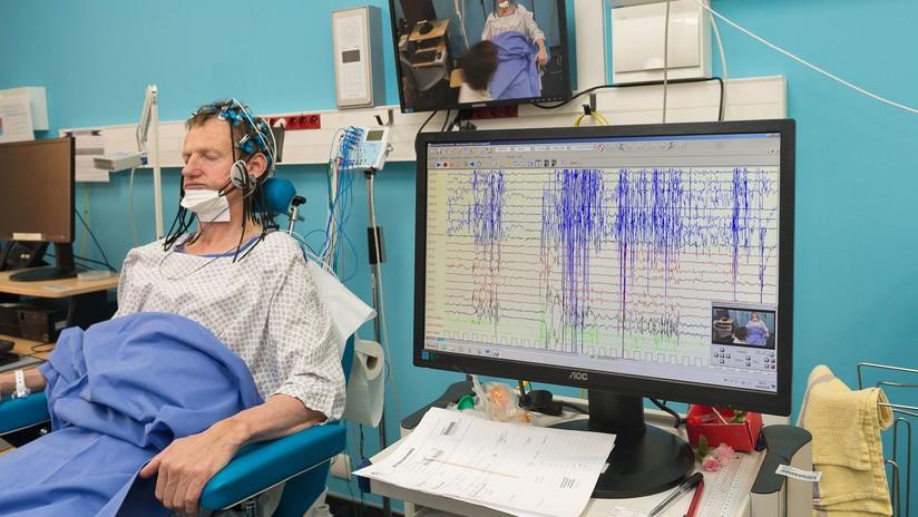 Científicos financiados por Facebook traducen señales cerebrales a texto