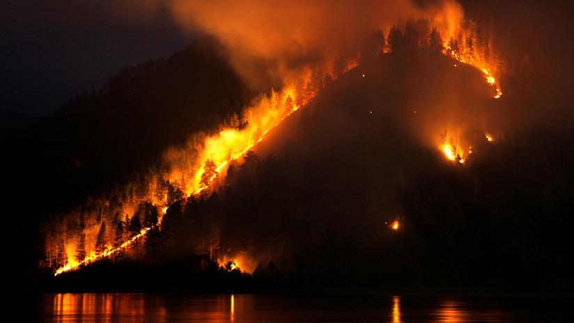 Rusia moviliza a sus Fuerzas Armadas en la lucha contra los incendios en Siberia