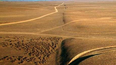 Una vista de la falla de San Andrés en la planicie Carrizo, al norte del arroyo Wallace en California, EE.UU.