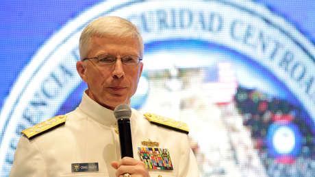El responsable del Mando Sur de EE.UU., el almirante Craig Faller, Tegucigalpa, Honduras, 7 de mayo de 2019.