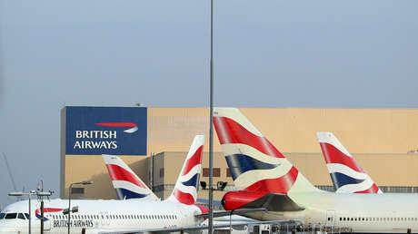 Aviones de British Airways se ven en el aeropuerto de Heathrow, Londres, el 23 de febrero de 2018.