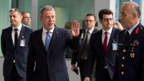 El ministro de Defensa turco, Hulusi Akar, en Bruselas, Bélgica, el 26 de junio de 2019