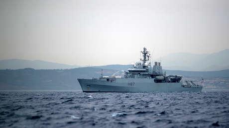 El buque de guerra de la Marina Real británica HMS Echo.