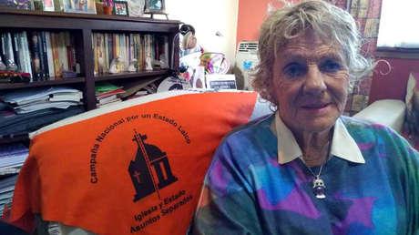 La psicóloga Liliana Rodríguez es entrevistada por RT en su casa de la ciudad de La Plata (Argentina), el 19 de julio del 2019.