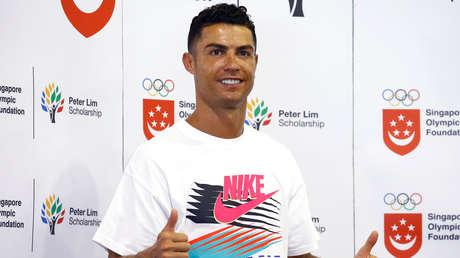 El futbolista portugués Cristiano Ronaldo en la Escuela Primaria Yumin en Singapur, el 4 de julio de 2019.