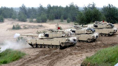Tanques Abrams M1 de EE.UU. durante ejercicios en Adazi, Letonia, el 11 de junio de 2016.
