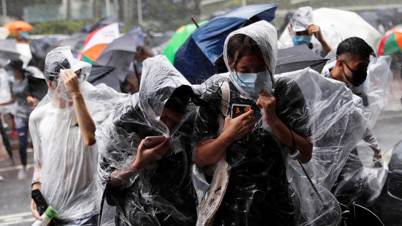 VIDEO, FOTOS: El tifón Wipha golpea el sur de China