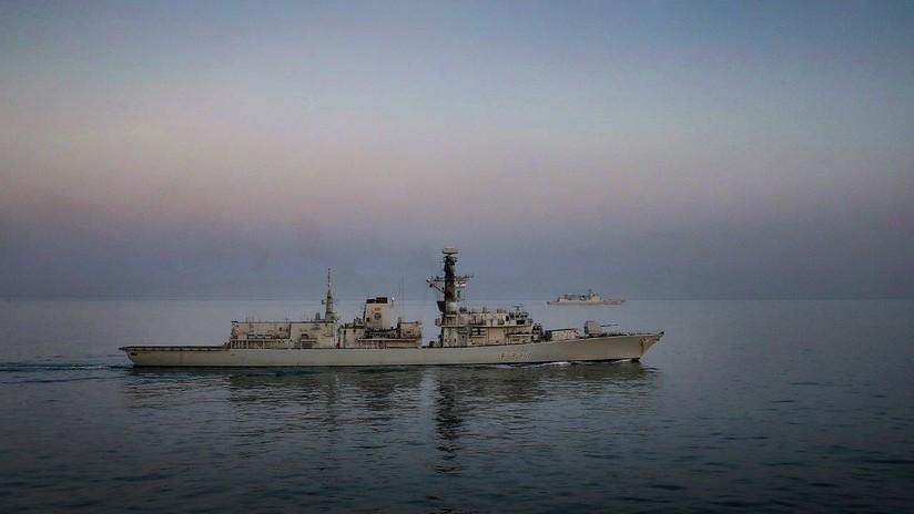 El Reino Unido envía una fragata para escoltar el paso de un buque de guerra chino a través del canal de la Mancha