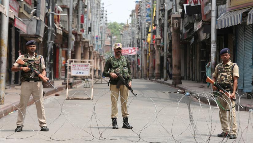 India revoca el estatus especial de Cachemira en medio de un fuerte despliegue militar