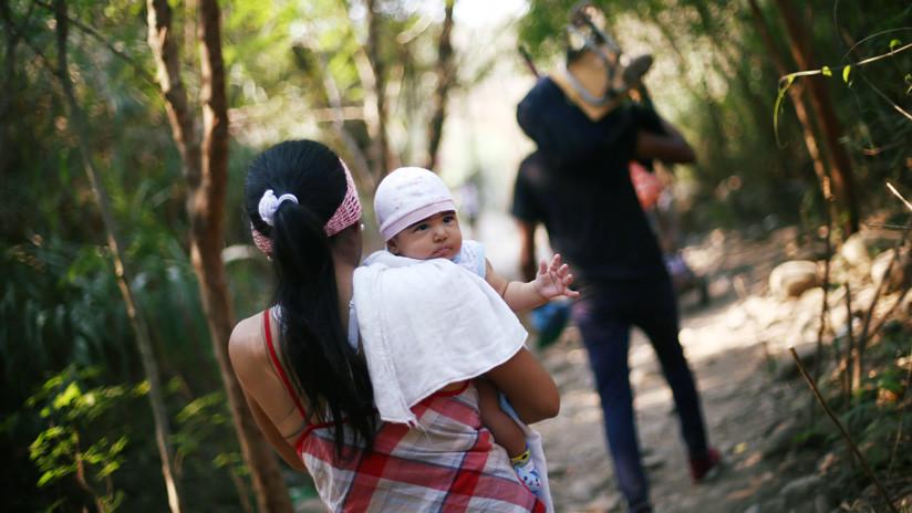 """Colombia otorga nacionalidad a 24.000 niños venezolanos en """"riesgo de apatridia"""""""