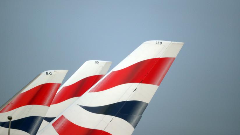 VIDEO: El humo en la cabina de un avión de British Airways obliga a los pasajeros a escapar por las rampas de emergencia