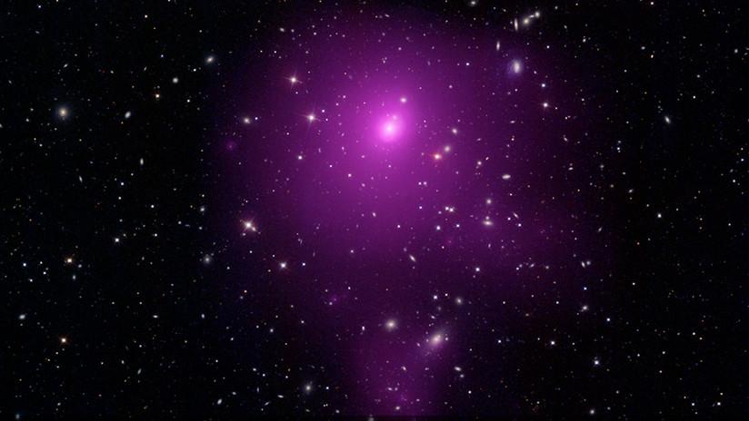 Descubren un descomunal agujero negro con una masa 40.000 millones de veces la del Sol