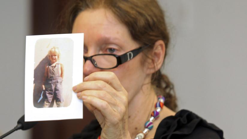 """""""Asesinato lento y cruel"""": La madre de Assange apunta a EE.UU. y el Reino Unido por el maltrato contra su hijo"""