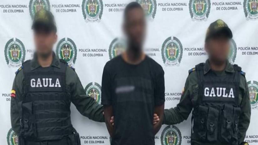 VIDEO: Capturan in fraganti a dos extorsionistas que amenazaban con matar a su víctima en Colombia