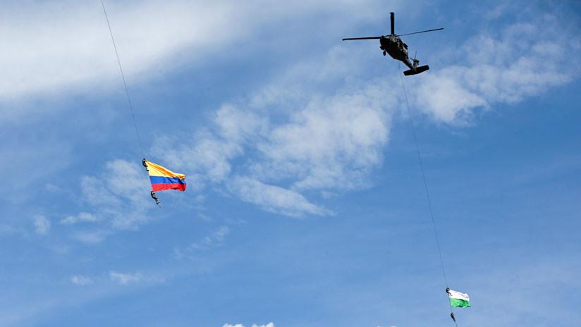 """El padre de un soldado que murió en la exhibición aérea en Colombia: """"¿sería capaz el ministro de Defensa de mandar a su hijo con una sola cuerda?"""""""