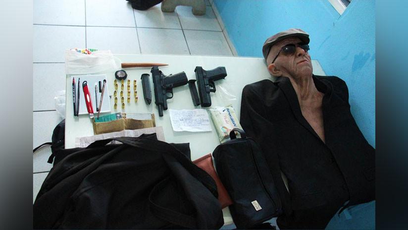 FOTOS, VIDEO: Un hombre intenta robar un banco en Brasil disfrazado de anciano