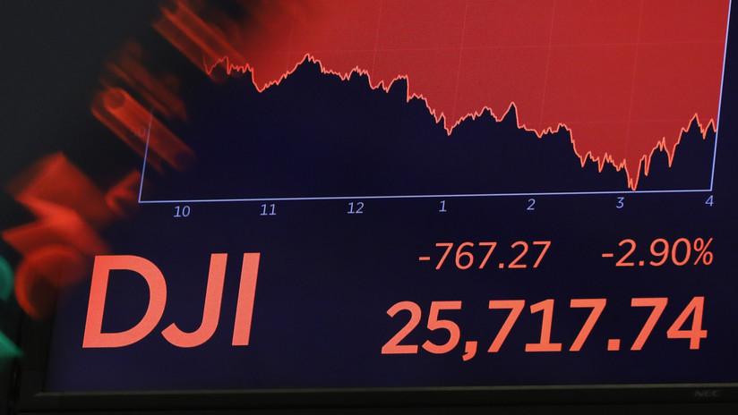 El índice Dow Jones pierde 400 puntos