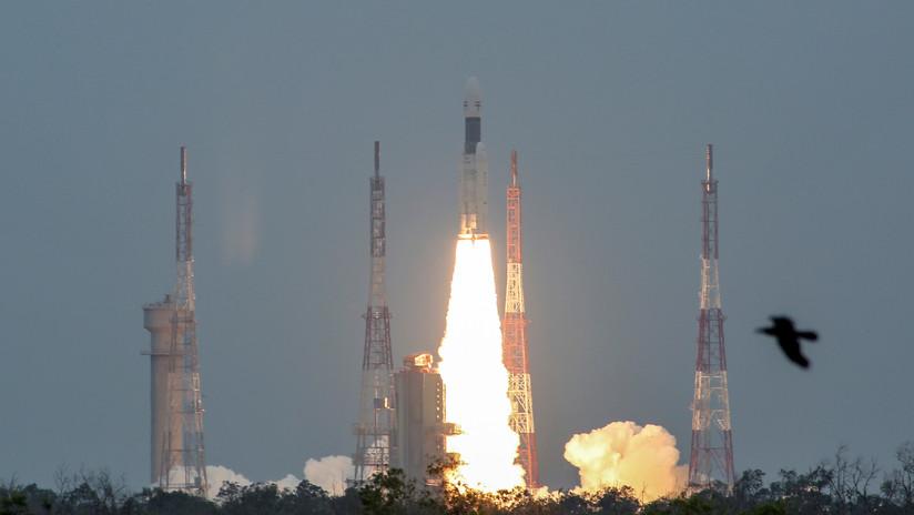 La nave espacial india Chandrayaan-2 deja la Tierra atrás en su viaje hacia la Luna