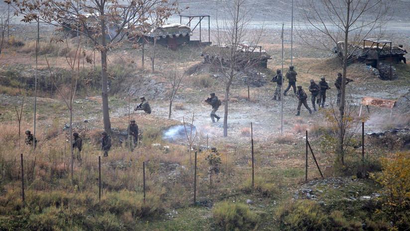 Un intercambio de fuego cerca de la línea de control de Cachemira deja al menos 3 militares paquistaníes y 5 indios muertos