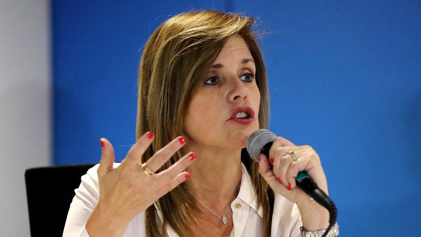 ¿Por qué la vicepresidenta y congresista de Perú renunció a la bancada del Gobierno en el Congreso?