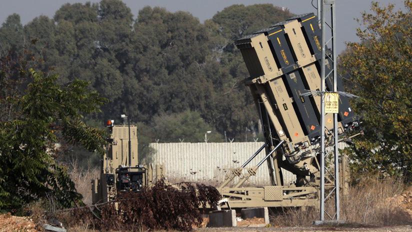El sistema de defensa israelí Cúpula de Hierro intercepta un cohete lanzado desde Gaza