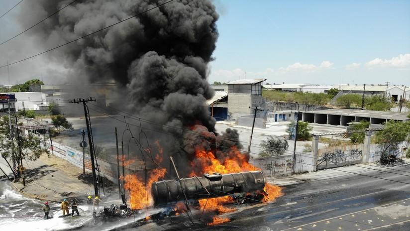 FOTOS, VIDEOS: Explota un carrotanque de combustible en México