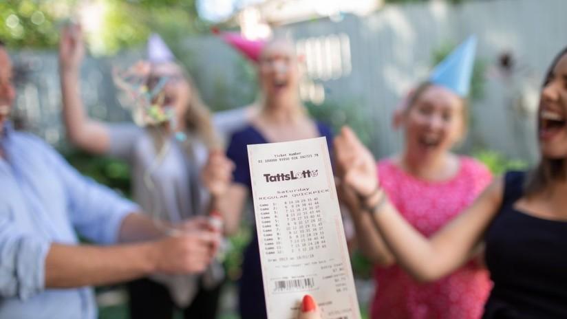 Un grupo de amigos juegan a la lotería con los mismos números más de una década y ganan ahora el premio gordo