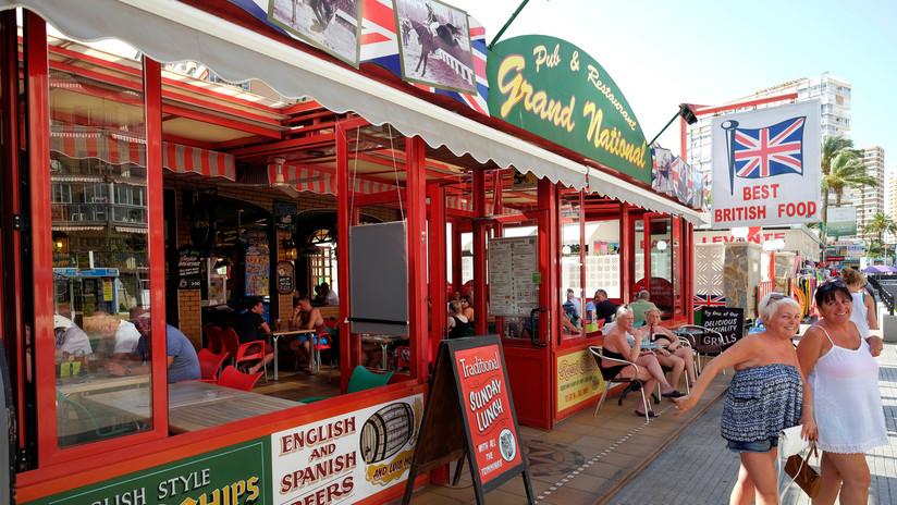 VIDEO: Turistas británicos recibieron paliza en España por alertar a otros visitantes sobre estafadores