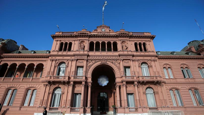 Liberan al policía de Buenos Aires acusado de provocar la muerte de un hombre tras lanzarle una patada en el pecho