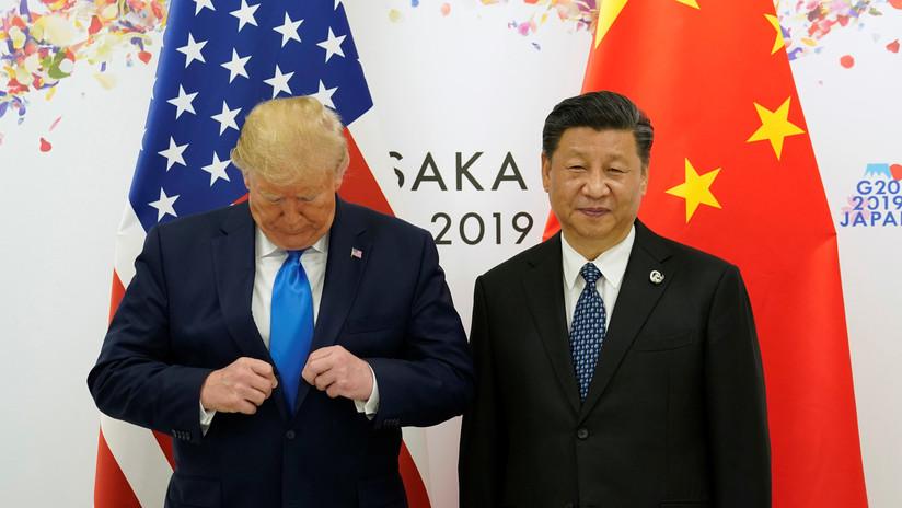 """""""¿Quién de los dos es mayor enemigo de EE.UU.?"""": Trump compara al director de la Fed con Xi Jinping"""