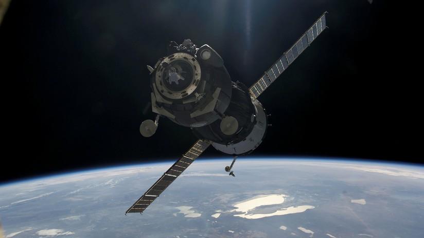 Rusia desarrolla una 'armadura' para proteger a los satélites de la basura espacial