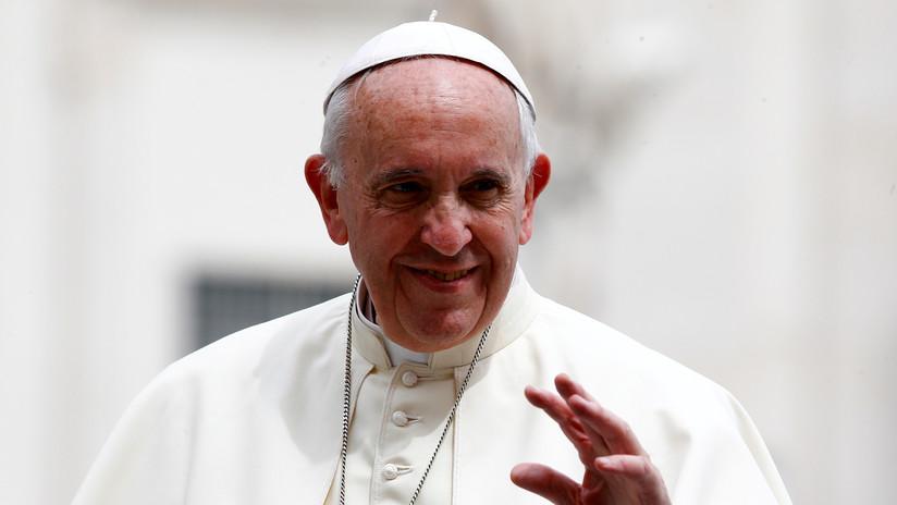 """El papa Francisco pide el """"compromiso de todos"""" para combatir los incendios en la Amazonía (VIDEO)"""