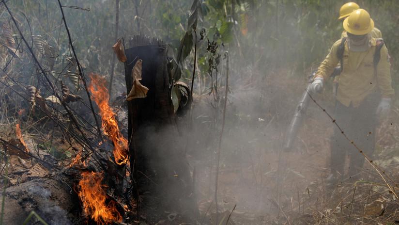 Reportan que Brasil ordena a sus embajadores que no se vayan de vacaciones por los incendios en el Amazonas