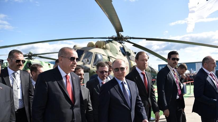 Putin y Erdogan acuerdan elaborar nuevas medidas para derrocar el terrorismo en Idlib