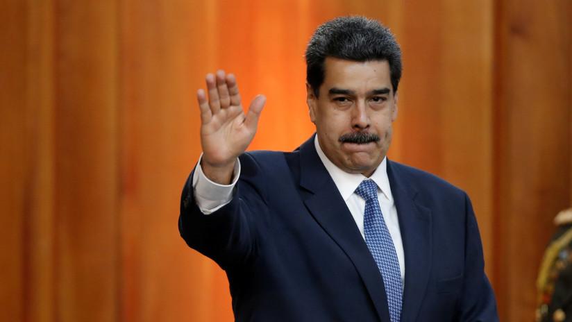 """""""Debería agarrar una piedra y darse en los dientes"""": Maduro arremete contra Bachelet por un informe sobre Venezuela"""