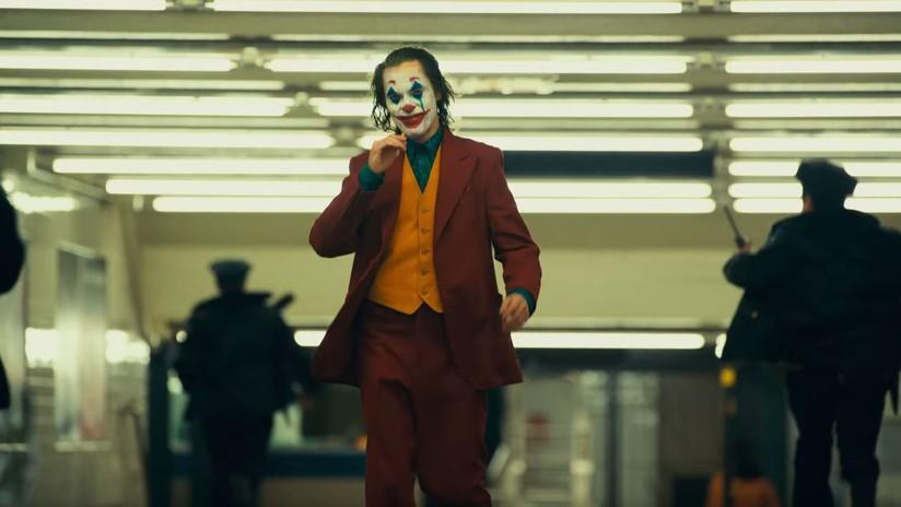 Un nuevo tráiler de 'Joker' muestra cómo un hombre roto se convierte en el mayor enemigo de Batman